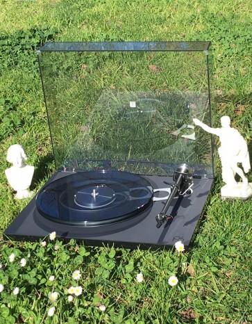 Rega Planar 6 turntable ... rotational engineering excellence in vinyl