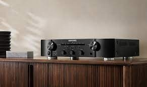 Marantz PM6007 Integrated Amplifier with built in Dac & Phono