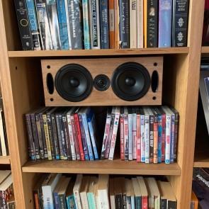 Bookshelf mounting