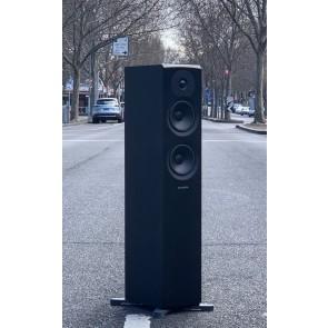 Street smart speaker