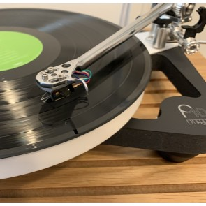 Rega PL10 Turntable with Apheta 3 Cartridge