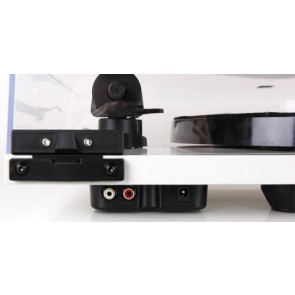 Rega Planar 1 Plus ... includes built in Phono stage